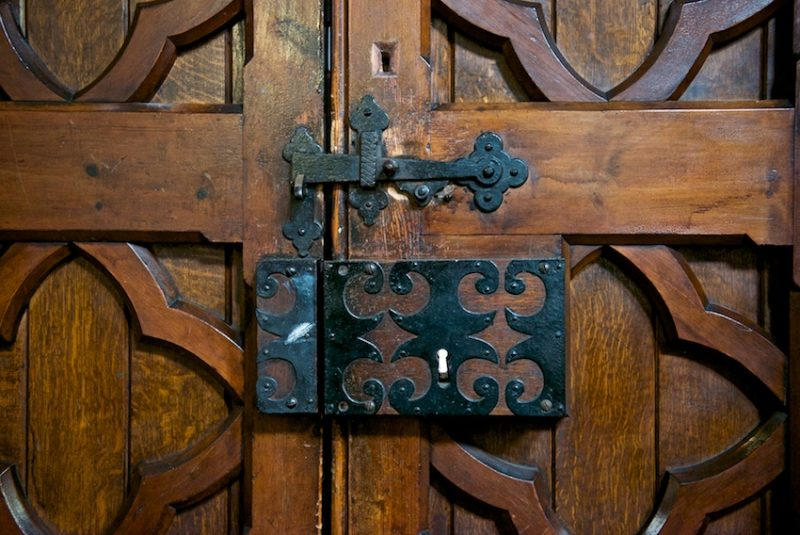 Victorian door furniture in Faversham, Kent