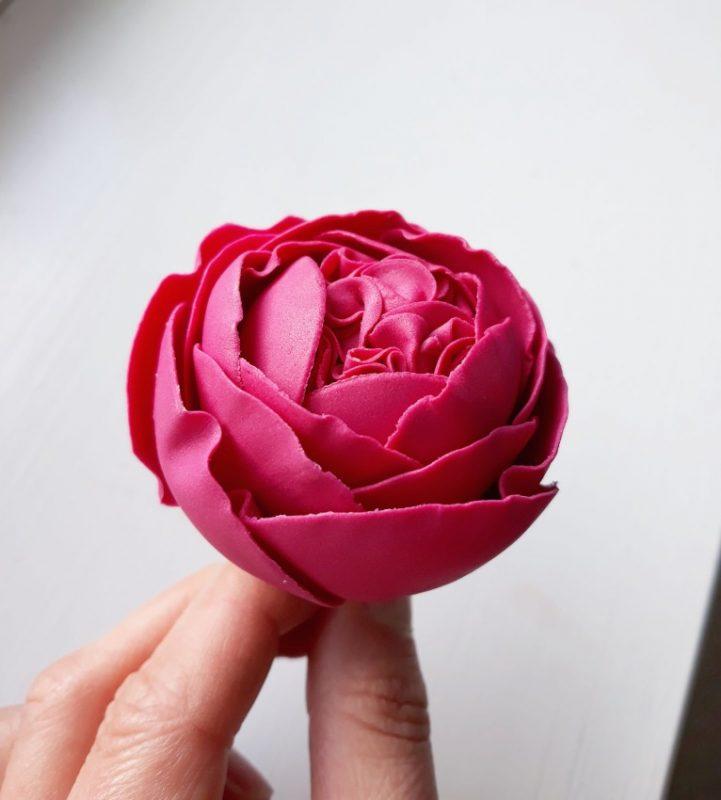 handmade cake flower