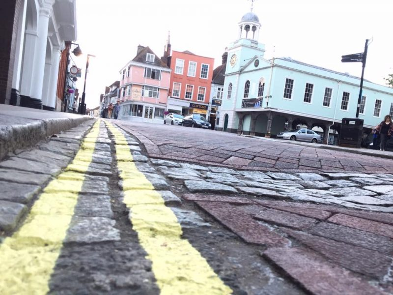 Yellow lines in Market Square, Faversham