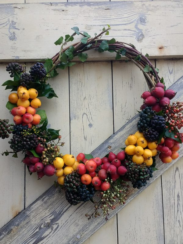 wreath of coloured berries