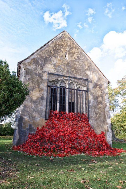 Poppies at Murston Old Church