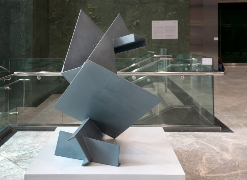 Splay 1974, Mild steel. Photo: Anne Purkiss