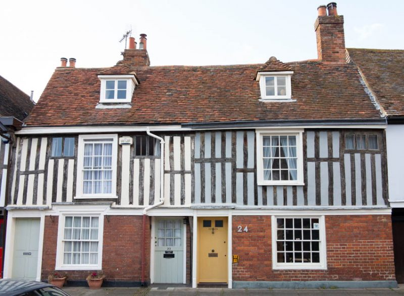 16th century cottages with later additions in Abbey Street